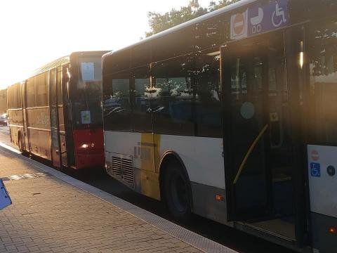 Lijnbus en autocar