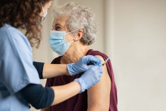 Vaccinatie. Foto: iStock / Ridofranz