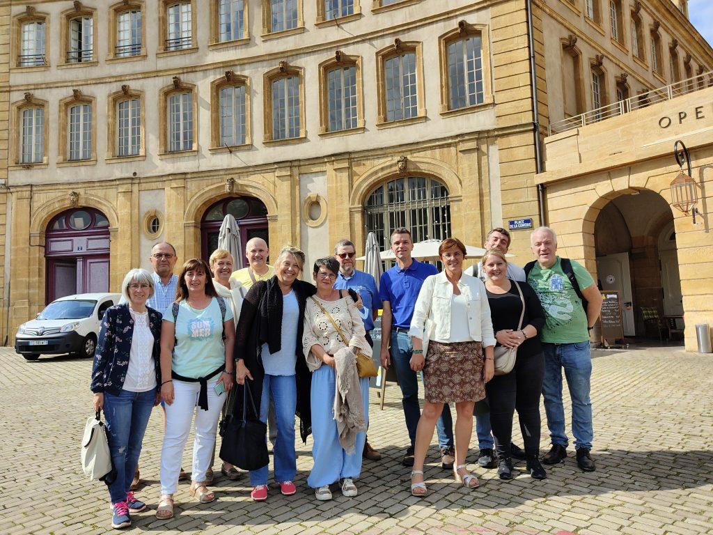 Groepsfoto tijdens de groepsreis.